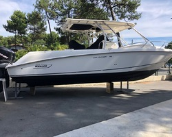 Boston Whaler 320 Outrage - 2 x 275 - 95 000€
